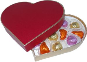 Carob Red HeartBox containing Mixed Fondants