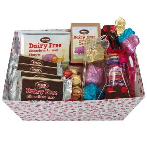 Chocolate products in Attractive Hamper (Medium)