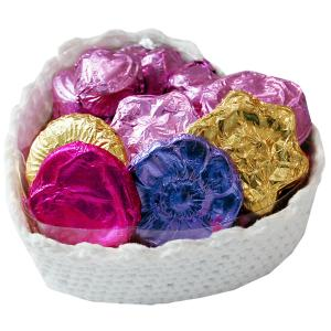 Crochet Heart shaped Basket with Chocolate